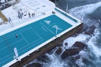 """アディダス、全豪オープンで""""海岸のプラスチックごみ""""で開発したユニフォームを選手に提供するCSV活動を実施"""