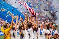 (事例まとめ)企業が女子サッカーを支援する理由とは